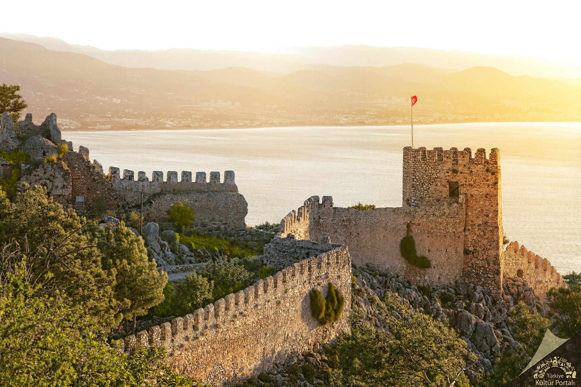 Alanya Tarihi ve Kültürel Gezi  İngilizce
